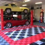 Garage with a Lift: Ribtrax (Racing Red, Pearl Silver, Jet Black)