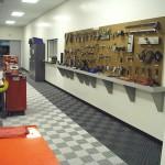Industrial Workshop: Ribtrax (Pearl Silver, Jet Black)