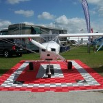 Airplane Display Pad: Ribtrax (Pearl Silver, Racing Red)
