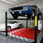 Garage with a Lift: Ribtrax (Racing Red, Pearl Silver, Slate Grey)