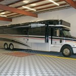 Coach Transit Bus: Ribtrax (Pearl Silver, Citrus Yellow, Slate Grey)