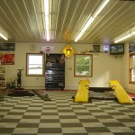 Functional Workshop Garage: Ribtrax (Pearl Silver, Jet Black, Racing Red)