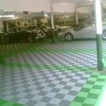 Collector Car Garage: Ribtrax (Turf Green, Pearl Silver)