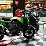 Kawasaki Motorcycle Display: Diamondtrax