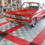 Classic Red Garage: Ribtrax (Pearl Silver, Racing Red, Jet Black)
