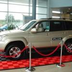 Car Dealership Showroom: Ribtrax